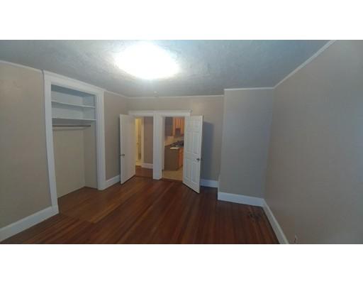 Additional photo for property listing at 61 Robinson  Boston, Massachusetts 02122 Estados Unidos