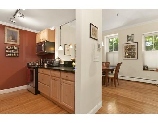 共管式独立产权公寓 为 销售 在 30-34 E Concord St #2 Boston, Massachusetts 02118 United States