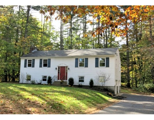Maison unifamiliale pour l Vente à 31 Hooksett Turnpike 31 Hooksett Turnpike Bow, New Hampshire 03304 États-Unis