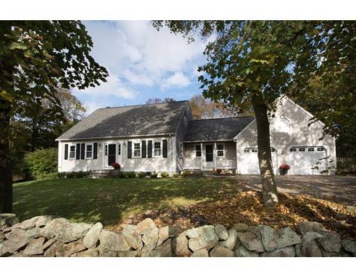 Single Family Home for Sale at 11 Riverview Drive 11 Riverview Drive Cohasset, Massachusetts 02025 United States