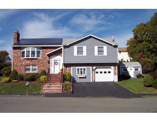 Single Family Home for Sale at 40 Susan Drive 40 Susan Drive Saugus, Massachusetts 01906 United States
