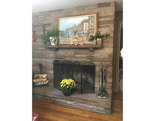 Single Family Home for Sale at 132 Bridge Street Raynham, 02767 United States