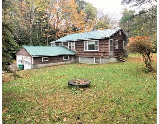 Single Family Home for Sale at 457 Beede Hill Road 457 Beede Hill Road Fremont, New Hampshire 03044 United States