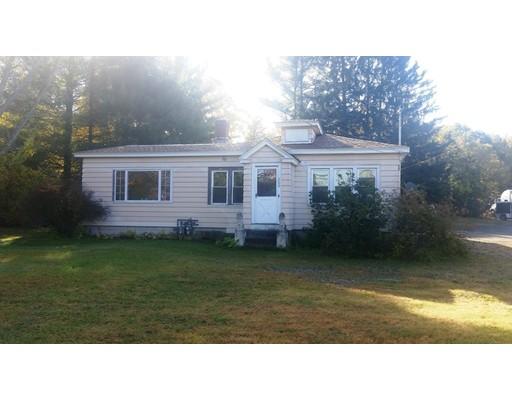 Maison avec plusieurs logements pour l Vente à 196 Millers Falls Road 196 Millers Falls Road Montague, Massachusetts 01376 États-Unis