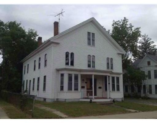 Maison avec plusieurs logements pour l Vente à 99 Main Street 99 Main Street Blackstone, Massachusetts 01504 États-Unis