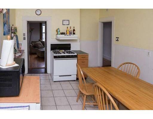 独户住宅 为 出租 在 411 East 7th street 波士顿, 马萨诸塞州 02127 美国