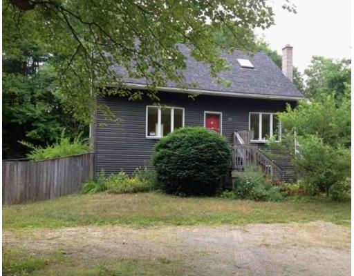 Maison unifamiliale pour l Vente à 30 Tucker Street 30 Tucker Street Winchendon, Massachusetts 01475 États-Unis