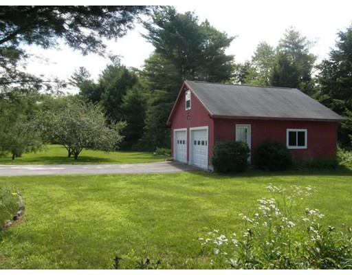 Terreno por un Venta en Address Not Available New Salem, Massachusetts 01355 Estados Unidos