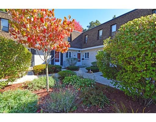 Condominio por un Venta en 153 Porter Lake Drive Springfield, Massachusetts 01106 Estados Unidos