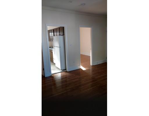 独户住宅 为 出租 在 217 MORGAN Fall River, 02721 美国