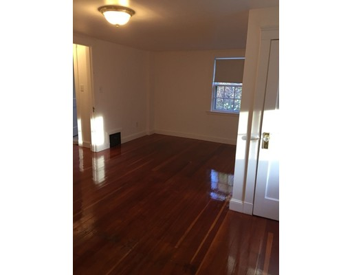 60 W Union St, Ashland, MA, 01721