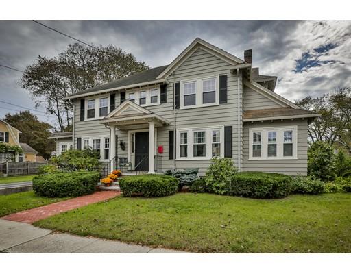 واحد منزل الأسرة للـ Sale في 63 Clifford Street 63 Clifford Street Melrose, Massachusetts 02176 United States