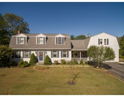 Casa Unifamiliar por un Venta en 390 Oregon Avenue 390 Oregon Avenue Woonsocket, Rhode Island 02895 Estados Unidos