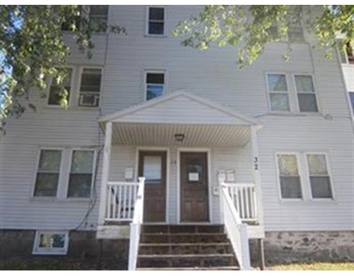 Casa Unifamiliar por un Alquiler en 32 East Main Street 32 East Main Street Webster, Massachusetts 01570 Estados Unidos