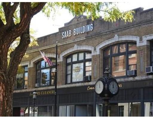 Коммерческий для того Аренда на 175 Central Street 175 Central Street Lowell, Массачусетс 01852 Соединенные Штаты