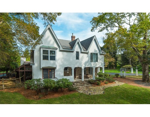Single Family Home for Sale at 44 Oak Hill Road 44 Oak Hill Road Southborough, Massachusetts 01745 United States