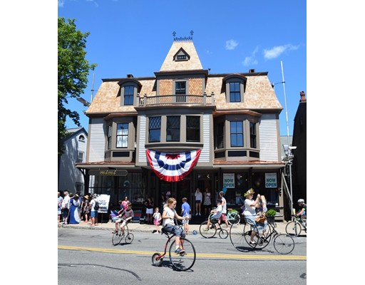 公寓 为 出租 在 11 Central Street #4 11 Central Street #4 曼彻斯特, 马萨诸塞州 01944 美国