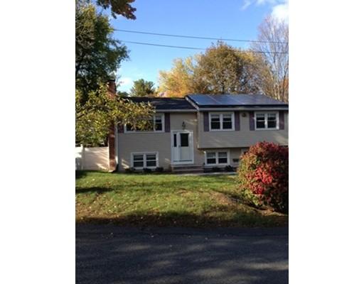 Maison unifamiliale pour l Vente à 4 E Gilbert Street 4 E Gilbert Street Lawrence, Massachusetts 01843 États-Unis