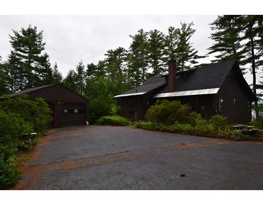 Частный односемейный дом для того Продажа на 46 Main Street 46 Main Street Kingston, Нью-Гэмпшир 03848 Соединенные Штаты