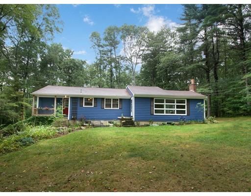 واحد منزل الأسرة للـ Sale في 249 Circuit Street 249 Circuit Street Norwell, Massachusetts 02061 United States