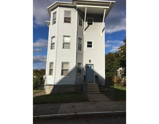 Single Family Home for Rent at 7 Sturgis Street Worcester, Massachusetts 01605 United States