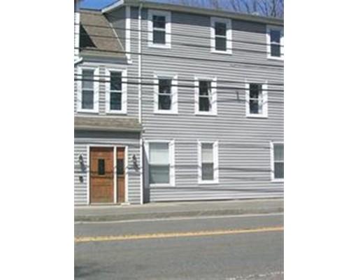 联栋屋 为 出租 在 1098 West Street #4 1098 West Street #4 Wrentham, 马萨诸塞州 02093 美国