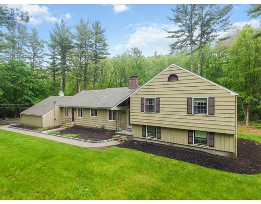 Single Family Home for Sale at 13 Boren Lane 13 Boren Lane Boxford, Massachusetts 01921 United States