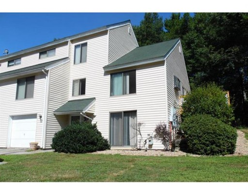 Townhouse for Rent at 10 Ashwood Court #10 10 Ashwood Court #10 Atkinson, New Hampshire 03811 United States
