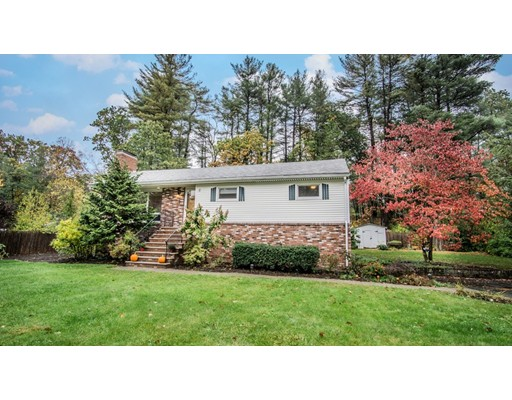 Additional photo for property listing at 2 LLOYD ROAD 2 LLOYD ROAD North Reading, Massachusetts 01864 États-Unis