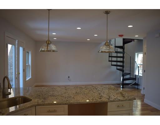 Maison unifamiliale pour l à louer à 37 Porter St #R 37 Porter St #R Cambridge, Massachusetts 02141 États-Unis