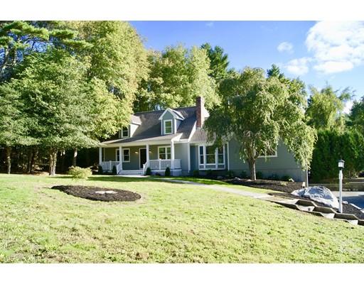 واحد منزل الأسرة للـ Sale في 40 Cedar Hill Drive 40 Cedar Hill Drive Acushnet, Massachusetts 02743 United States