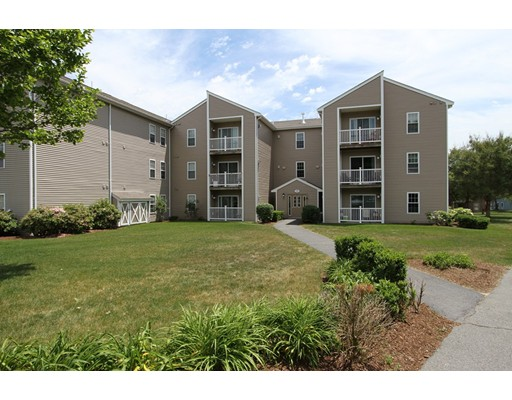 Additional photo for property listing at 4 Marc Drive  Plymouth, Massachusetts 02360 Estados Unidos