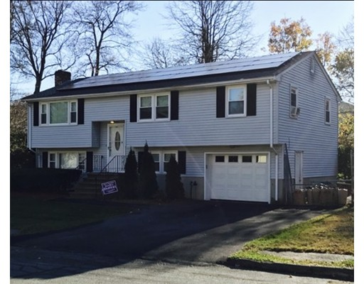独户住宅 为 销售 在 65 Karen Drive 65 Karen Drive 伦道夫, 马萨诸塞州 02368 美国