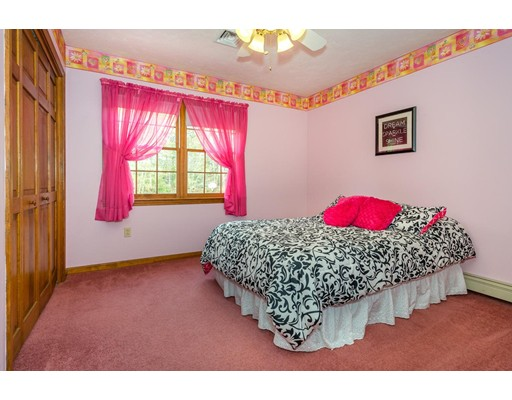 Additional photo for property listing at 23 Wisteria Way  Canton, Massachusetts 02021 United States