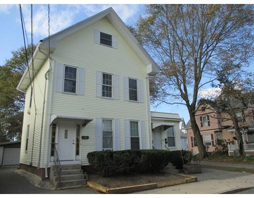متعددة للعائلات الرئيسية للـ Sale في 3 Pine Street 3 Pine Street Stoneham, Massachusetts 02180 United States