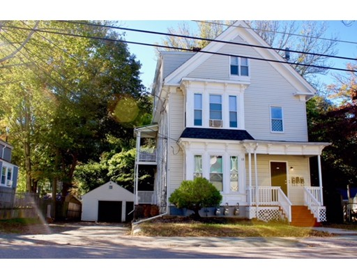 Additional photo for property listing at 13 Auburn St #1 13 Auburn St #1 Brockton, Massachusetts 02302 Estados Unidos