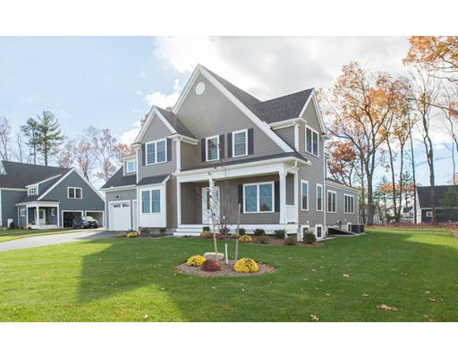 Частный односемейный дом для того Продажа на 16 Sycamore Drive 16 Sycamore Drive Dracut, Массачусетс 01826 Соединенные Штаты