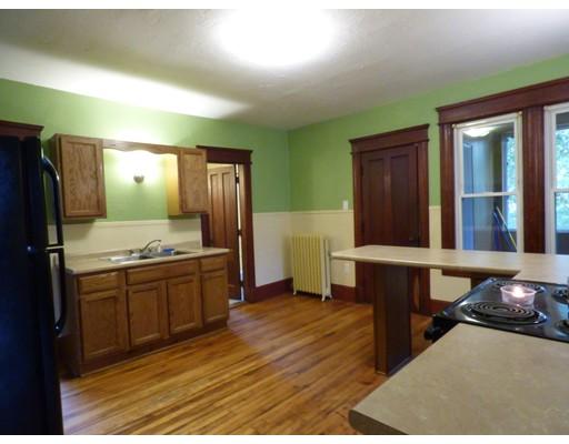Apartment for Rent at 155 Park St #2 155 Park St #2 Gardner, Massachusetts 01440 United States