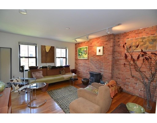Single Family Home for Rent at 123 W Concord Street Boston, Massachusetts 02118 United States