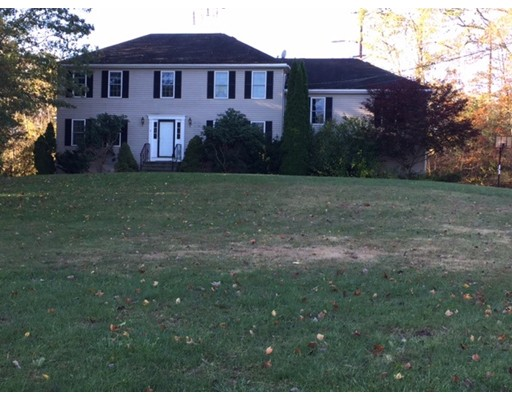 Single Family Home for Rent at 4 Morey Way 4 Morey Way Milford, Massachusetts 01757 United States