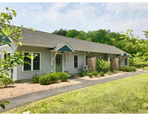 106 Deerfield Street, Greenfield, MA 01301