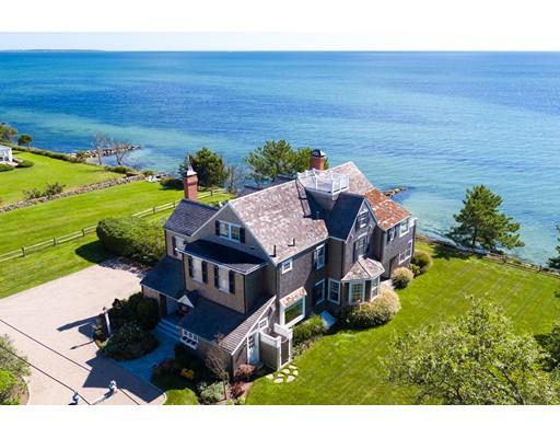 Casa para uma família para Venda às 215 Sea View Avenue 215 Sea View Avenue Barnstable, Massachusetts 02655 Estados Unidos