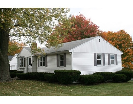 Single Family Home for Sale at 33 Raylen Avenue 33 Raylen Avenue Peabody, Massachusetts 01960 United States