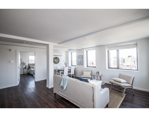 Casa Unifamiliar por un Alquiler en 70 Parker Hill Avenue Boston, Massachusetts 02120 Estados Unidos