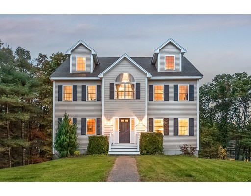 Single Family Home for Sale at 19 Dunmore Road 19 Dunmore Road Wilmington, Massachusetts 01887 United States