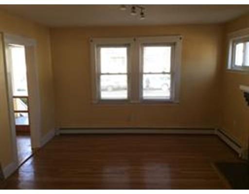 Additional photo for property listing at 261 Washington Street 261 Washington Street Weymouth, Massachusetts 02188 États-Unis