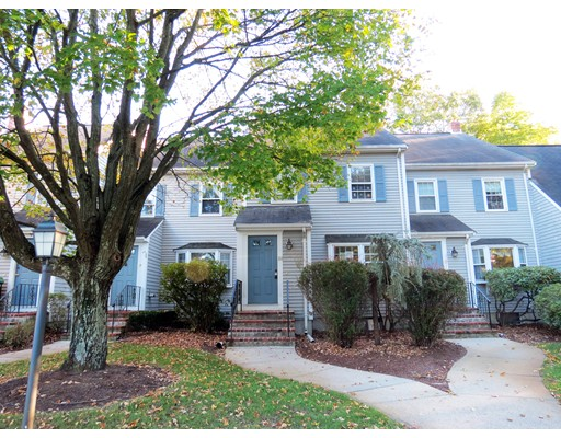 Condominio por un Venta en 86 Village Street 86 Village Street Easton, Massachusetts 02375 Estados Unidos