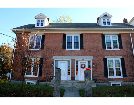 共管式独立产权公寓 为 销售 在 34 Mendon St #34 34 Mendon St #34 Blackstone, 马萨诸塞州 01504 美国