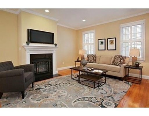Single Family Home for Rent at 22 Sackville 22 Sackville Boston, Massachusetts 02129 United States