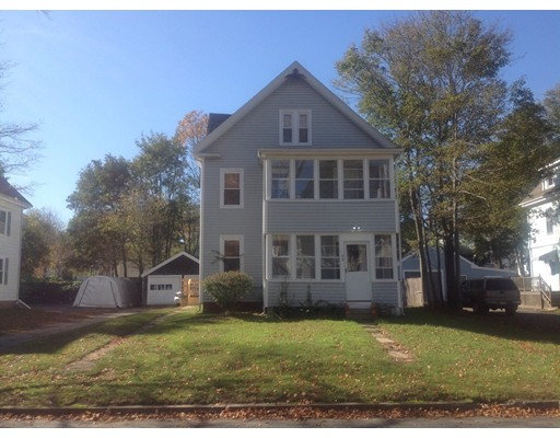 公寓 为 出租 在 59 linden st #1 59 linden st #1 Whitman, 马萨诸塞州 02382 美国
